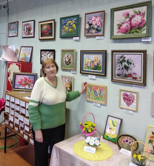 Выставка живописи и декоративно-прикладного искусства