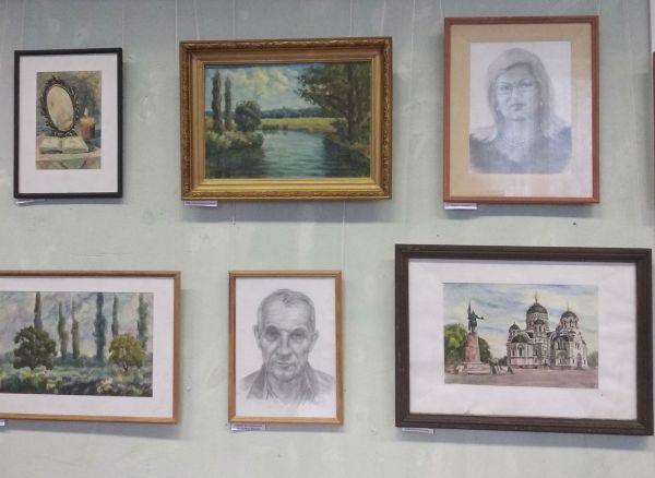 Пейзажи, натюрморты, портреты